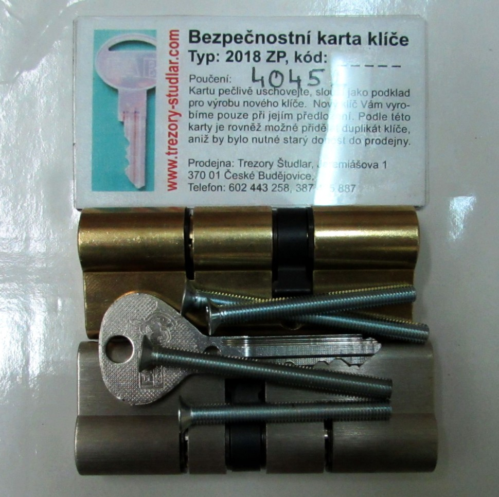 společné foto vložek FAB RS najednotný klíč